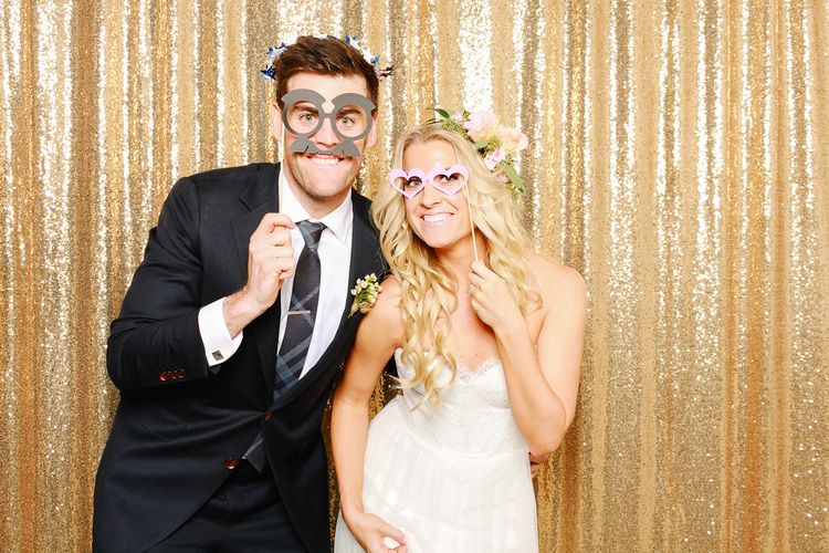 5 Reasons Why You Need A Photo Booth for Your Wedding